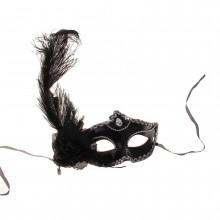 Венецианская маска черная с большим пером