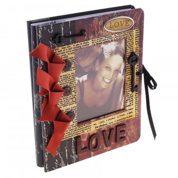"Фотоальбом ""LOVE"" с ключиком, 60 фото 10х15 см"